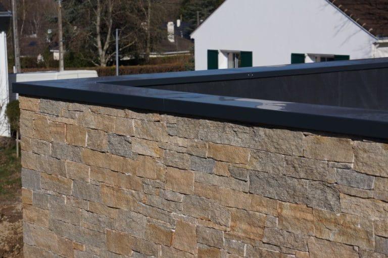 La couvertine : un élément essentiel pour votre toiture